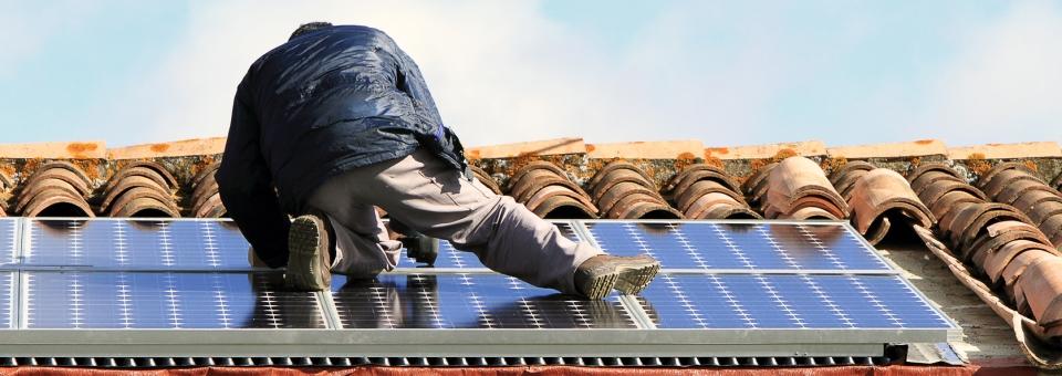 slider-depannage-plombier-panneau-solaire